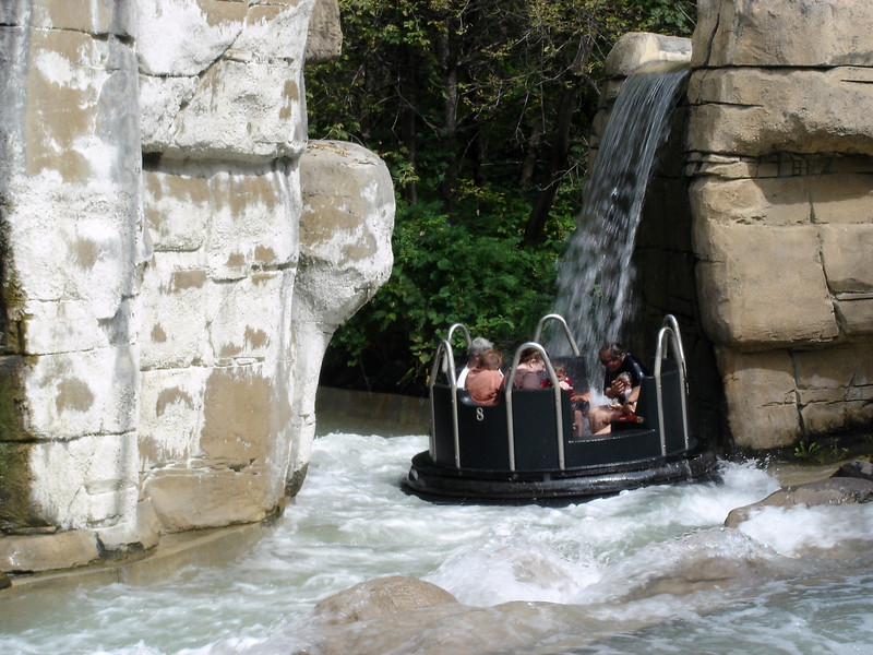 valley fair rapids